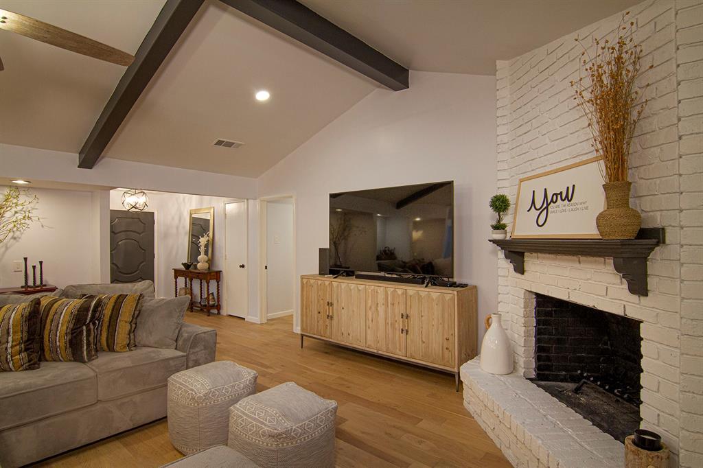 3718 Jubilee  Trail, Dallas, Texas 75229 - acquisto real estate best prosper realtor susan cancemi windfarms realtor