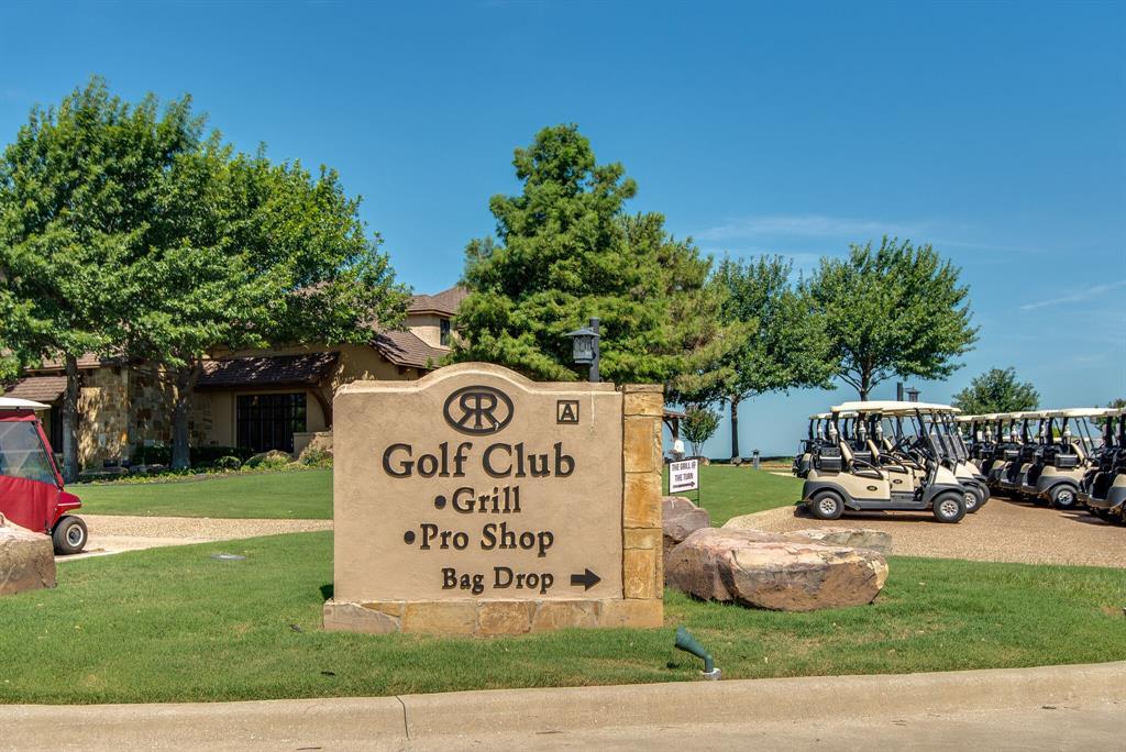 10901 Sandstone  Drive, Denton, Texas 76207 - acquisto real estate best luxury home specialist shana acquisto