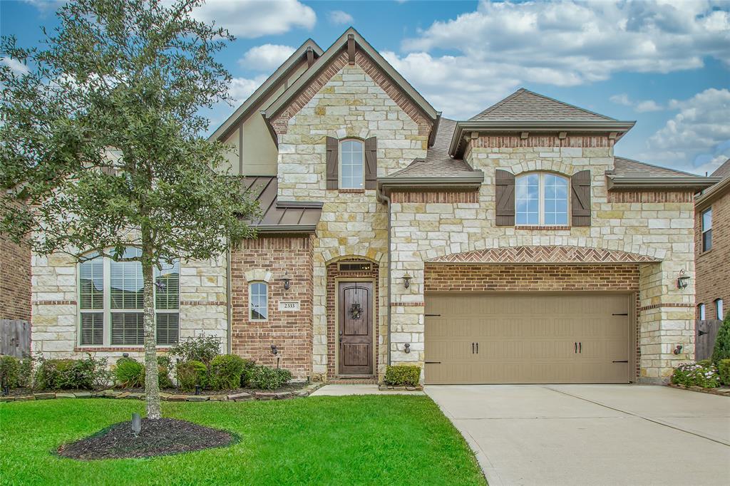2333 Shallow Creek  Lane, Friendswood, Texas 77546 - Acquisto Real Estate best frisco realtor Amy Gasperini 1031 exchange expert