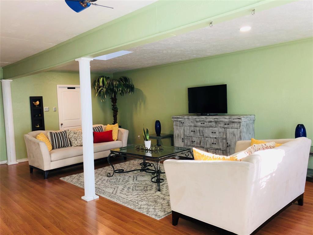 2507 Vernon  Avenue, Dallas, Texas 75224 - acquisto real estate best real estate company to work for