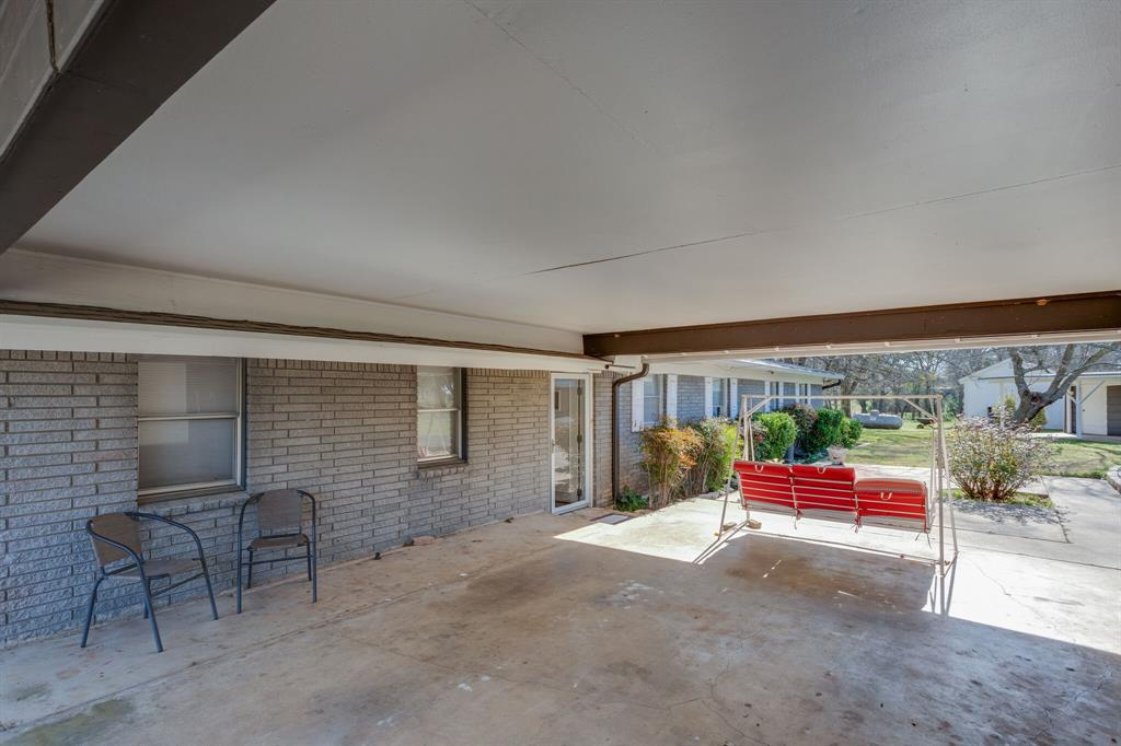 461 County Road 1812  Clifton, Texas 76634 - acquisto real estate best prosper realtor susan cancemi windfarms realtor
