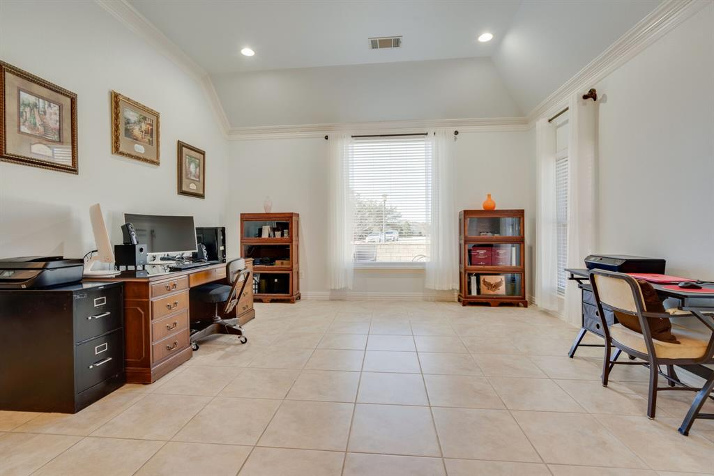 10901 Sandstone  Drive, Denton, Texas 76207 - acquisto real estate best highland park realtor amy gasperini fast real estate service