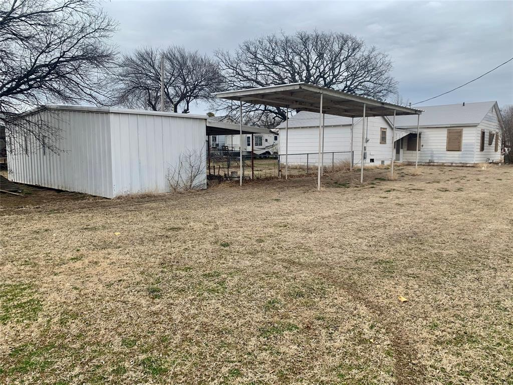 408 9th  Street, Nocona, Texas 76255 - Acquisto Real Estate best plano realtor mike Shepherd home owners association expert