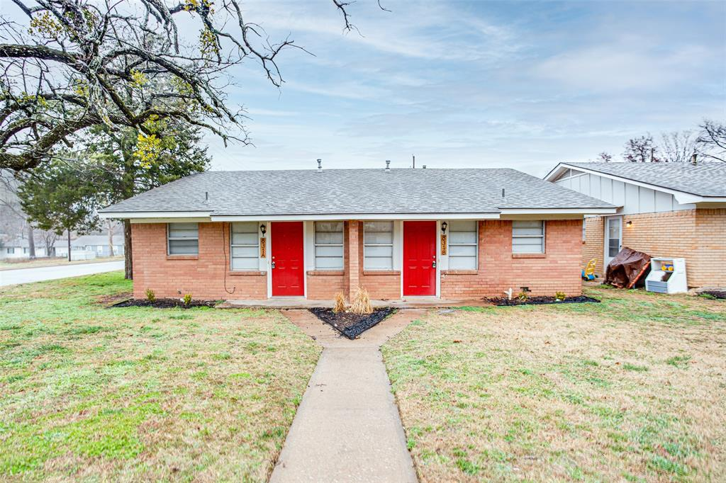 827 Monterey  Street, Denison, Texas 75020 - acquisto real estate best listing listing agent in texas shana acquisto rich person realtor