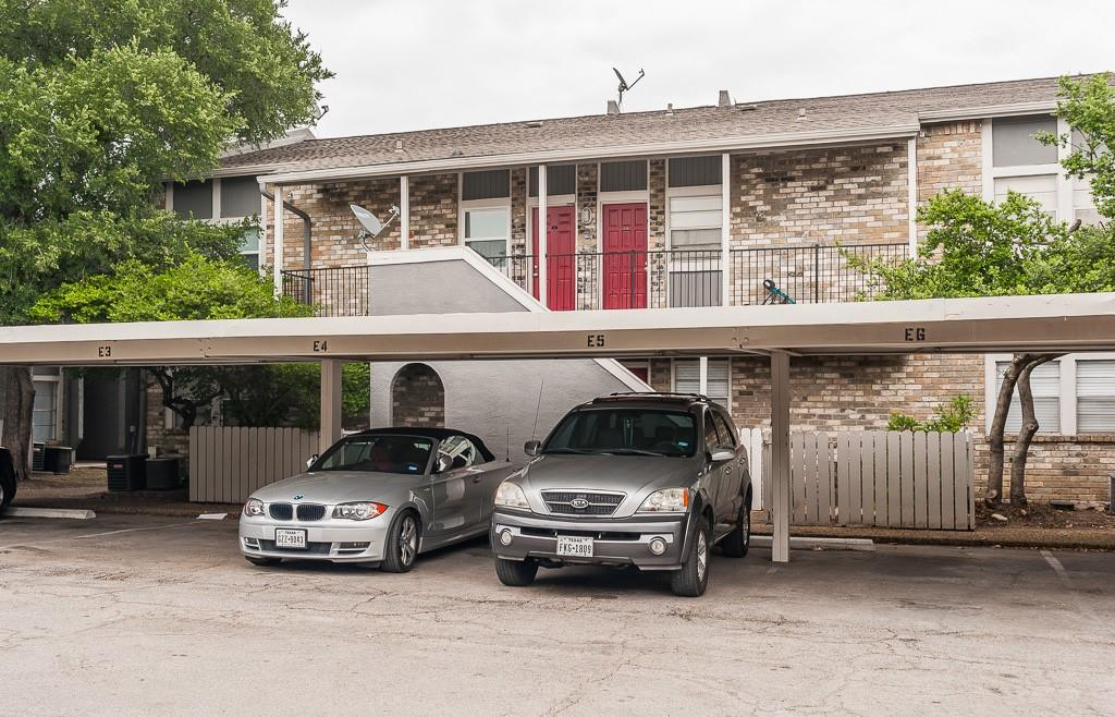 5105 Skillman  Street, Dallas, Texas 75206 - acquisto real estate best park cities realtor kim miller best staging agent