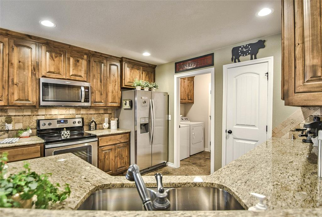 3017 Steepleridge  Circle, Granbury, Texas 76048 - acquisto real estate best listing agent in the nation shana acquisto estate realtor