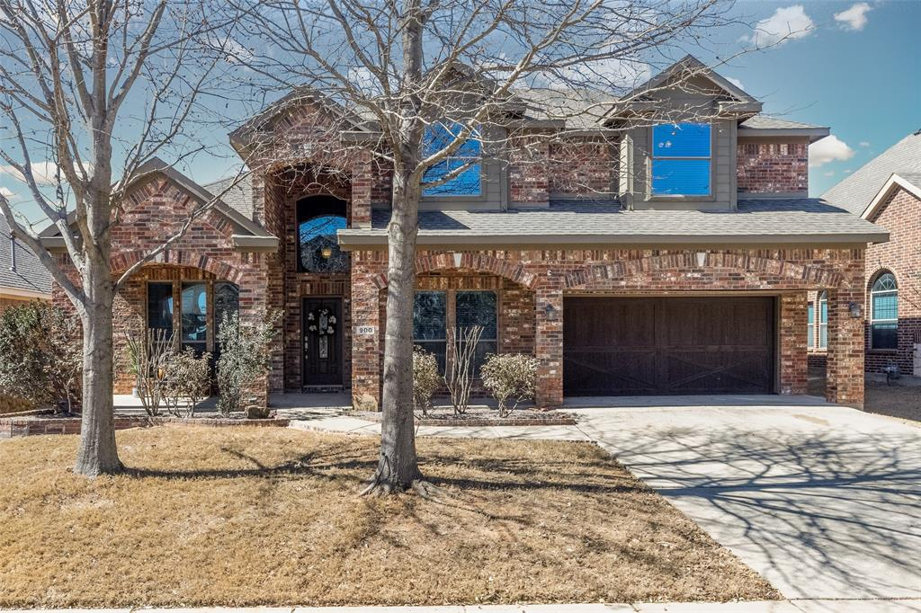 900 Greenwood  Drive, Burleson, Texas 76028 - Acquisto Real Estate best plano realtor mike Shepherd home owners association expert