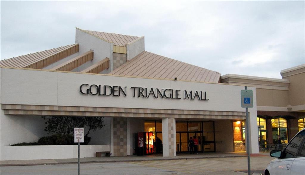 1304 Black Oak  Drive, Denton, Texas 76209 - Acquisto Real Estate best frisco realtor Amy Gasperini 1031 exchange expert