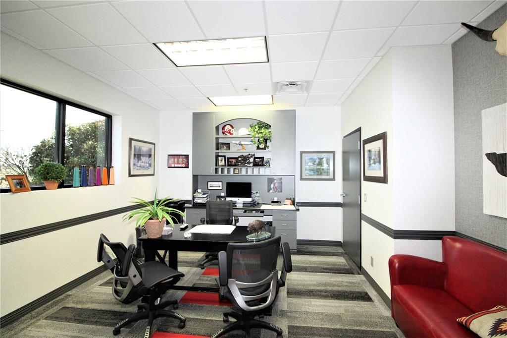 1101 Woods  Gainesville, Texas 76240 - acquisto real estate best luxury buyers agent in texas shana acquisto inheritance realtor
