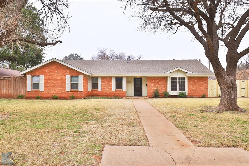 2018 Greenbriar  Drive, Abilene, Texas 79605 - Acquisto Real Estate best frisco realtor Amy Gasperini 1031 exchange expert