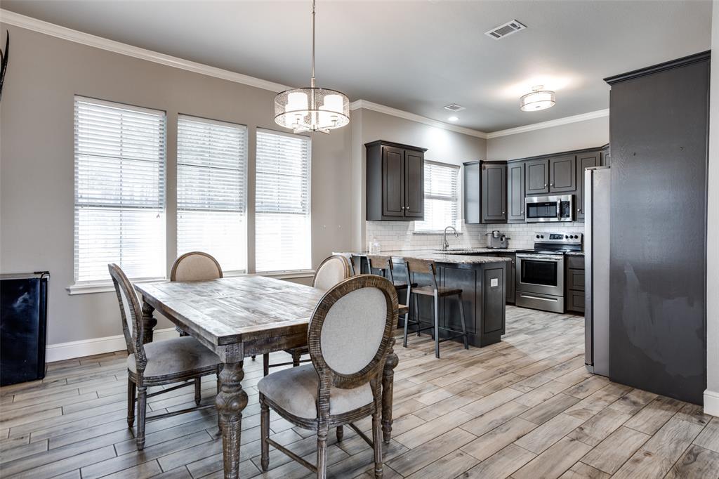 223 Oklahoma  Avenue, Pottsboro, Texas 75076 - acquisto real estate best photos for luxury listings amy gasperini quick sale real estate