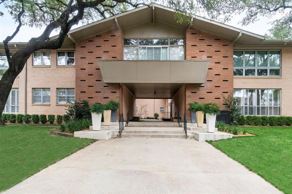 6130 Bandera  Avenue, Dallas, Texas 75225 - Acquisto Real Estate best plano realtor mike Shepherd home owners association expert
