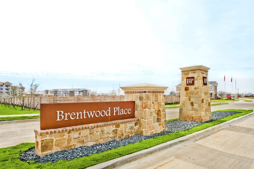 2305 Davenport  Drive, Denton, Texas 76207 - Acquisto Real Estate best frisco realtor Amy Gasperini 1031 exchange expert