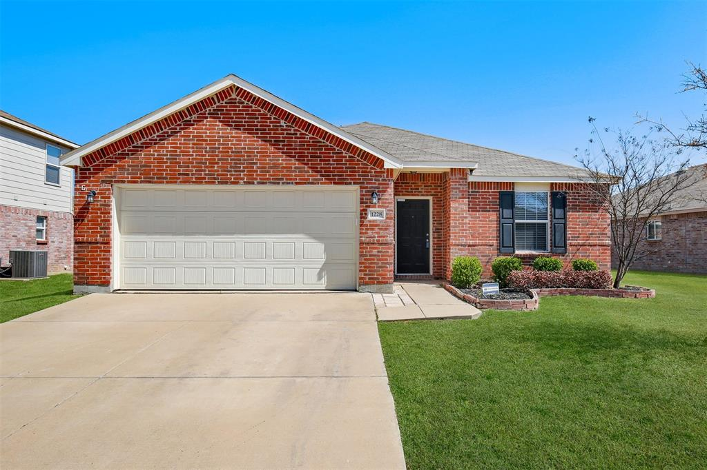 1228 Foxglove  Lane, Burleson, Texas 76028 - Acquisto Real Estate best frisco realtor Amy Gasperini 1031 exchange expert