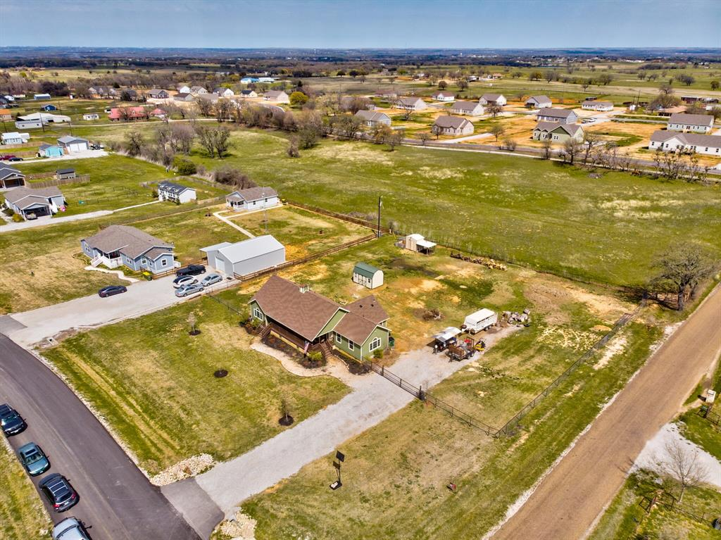 100 Mccrae  Lane, Boyd, Texas 76023 - acquisto real estate best investor home specialist mike shepherd relocation expert