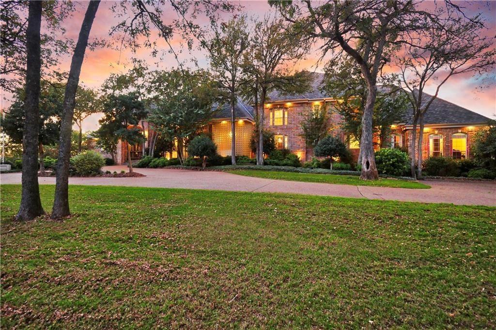 2200 Green Oaks  Boulevard, Arlington, Texas 76012 - Acquisto Real Estate best frisco realtor Amy Gasperini 1031 exchange expert