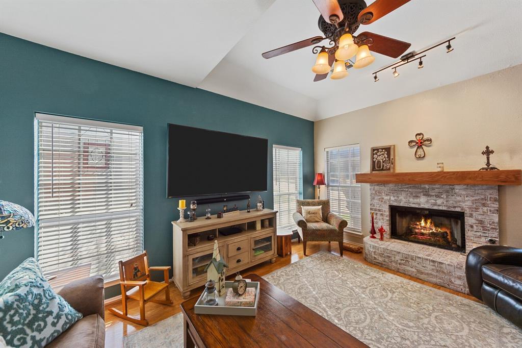1352 Marken  Court, Carrollton, Texas 75007 - acquisto real estate best celina realtor logan lawrence best dressed realtor