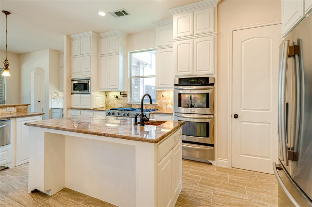 4004 Rothschild  Drive, Flower Mound, Texas 75022 - acquisto real estate best highland park realtor amy gasperini fast real estate service