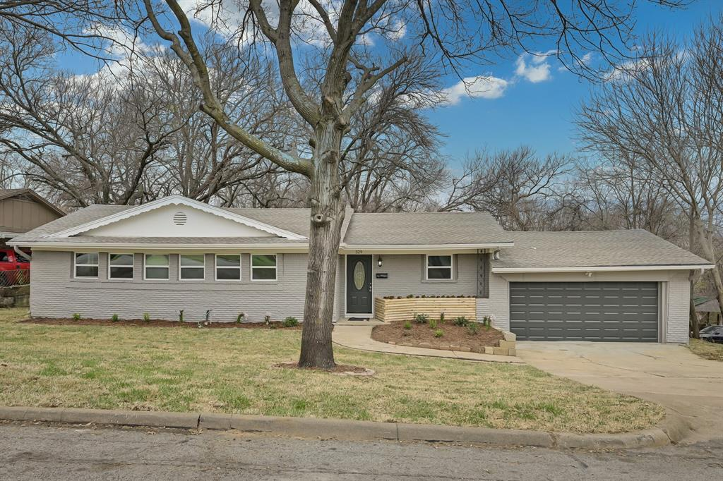 529 4th  Street, Grand Prairie, Texas 75050 - Acquisto Real Estate best plano realtor mike Shepherd home owners association expert