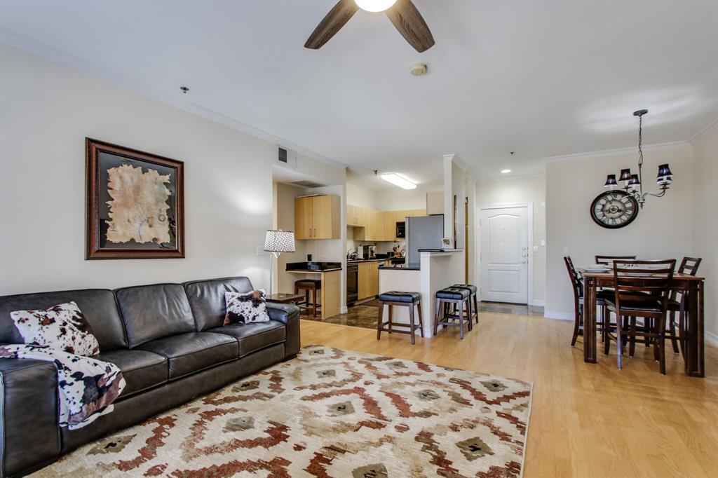 3400 Welborn  Street, Dallas, Texas 75219 - acquisto real estate best style realtor kim miller best real estate reviews dfw