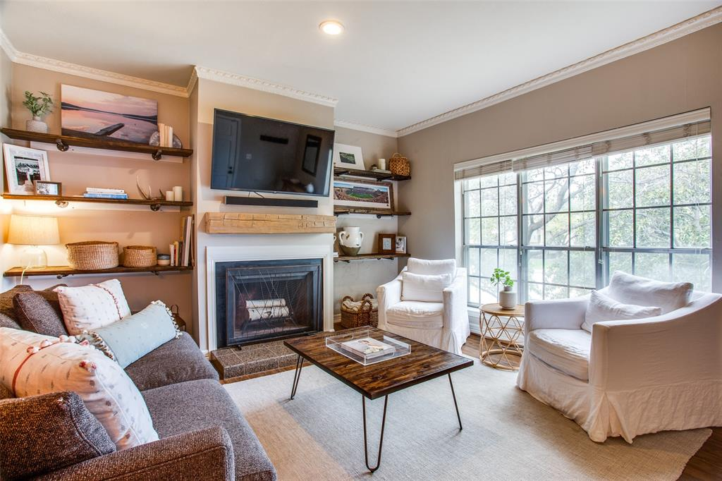 4403 Bellaire  Drive, Fort Worth, Texas 76109 - Acquisto Real Estate best frisco realtor Amy Gasperini 1031 exchange expert