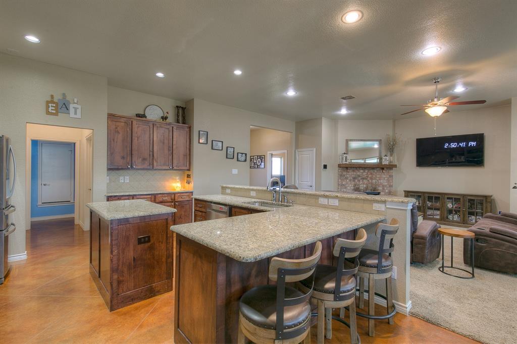 1510 JOSHUA WAY  Granbury, Texas 76048 - acquisto real estate best new home sales realtor linda miller executor real estate