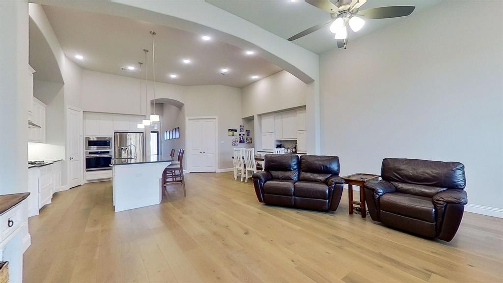 1041 Brookfield  Drive, Prosper, Texas 75078 - acquisto real estate best real estate company to work for