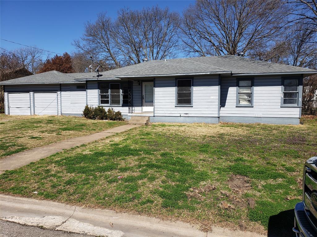 209 Dexter  Street, Sherman, Texas 75092 - Acquisto Real Estate best frisco realtor Amy Gasperini 1031 exchange expert