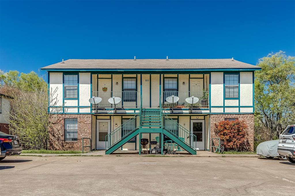 612 Race  Street, Crowley, Texas 76036 - Acquisto Real Estate best frisco realtor Amy Gasperini 1031 exchange expert