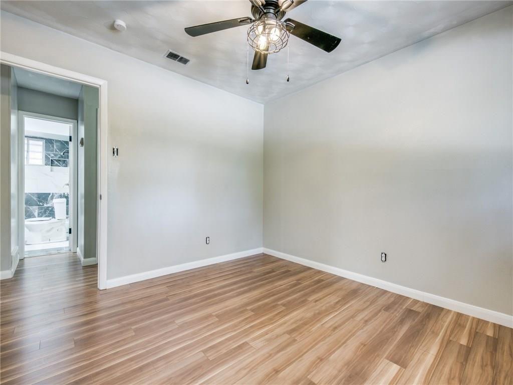 3044 Cliff Creek  Drive, Dallas, Texas 75233 - acquisto real estate best photos for luxury listings amy gasperini quick sale real estate