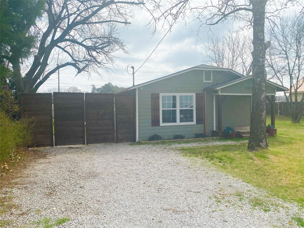 809 Chestnut  Street, Aubrey, Texas 76227 - Acquisto Real Estate best plano realtor mike Shepherd home owners association expert