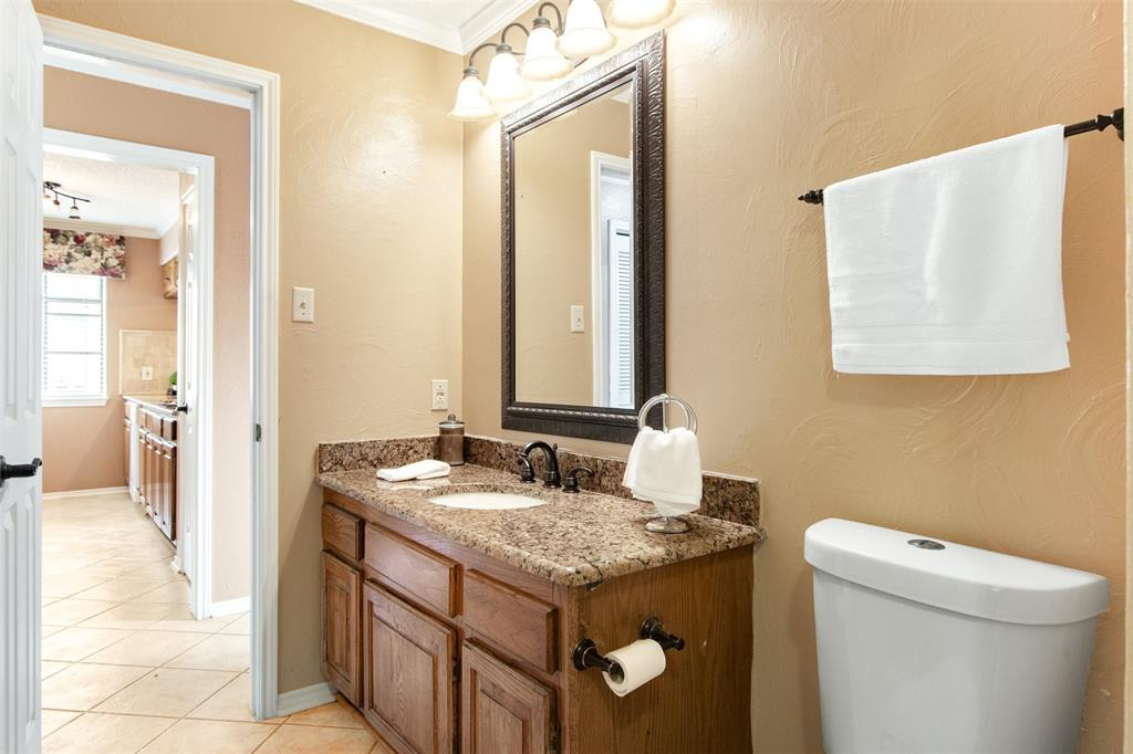 925 Cedarland  Boulevard, Arlington, Texas 76011 - acquisto real estate best investor home specialist mike shepherd relocation expert
