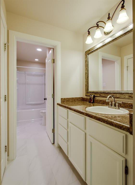 4004 Rothschild  Drive, Flower Mound, Texas 75022 - acquisto real estate best photo company frisco 3d listings