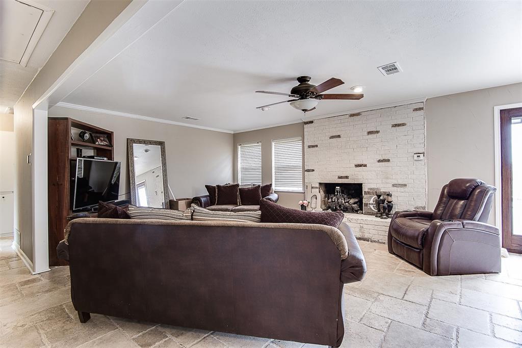 4985 Oak Grove Rendon  Road, Burleson, Texas 76028 - acquisto real estate best the colony realtor linda miller the bridges real estate