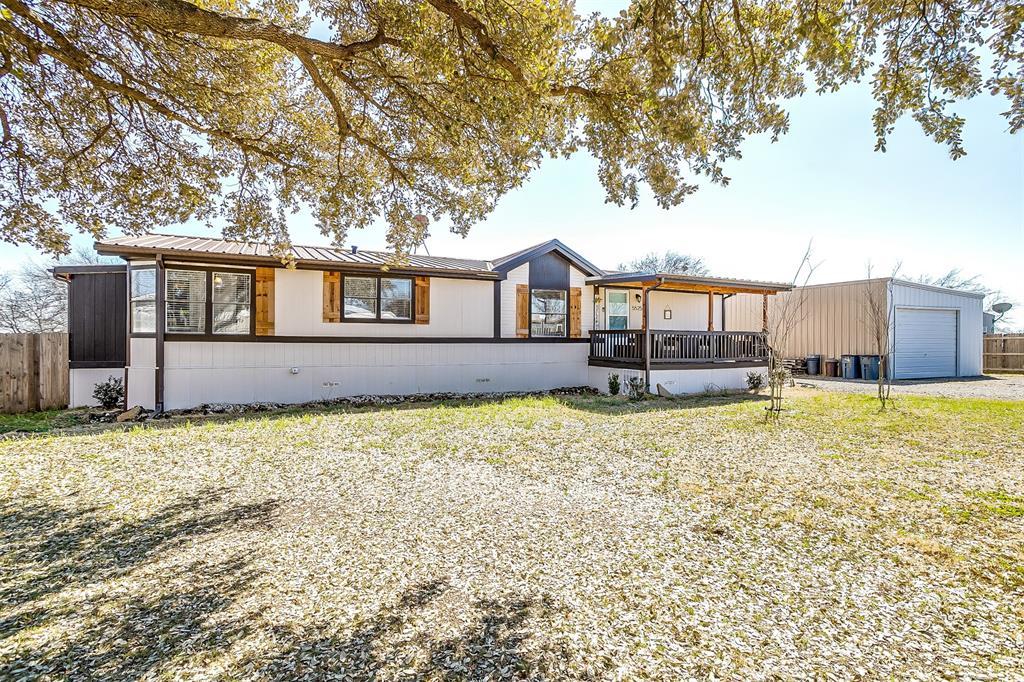 5525 Robert  Circle, Alvarado, Texas 76009 - Acquisto Real Estate best frisco realtor Amy Gasperini 1031 exchange expert