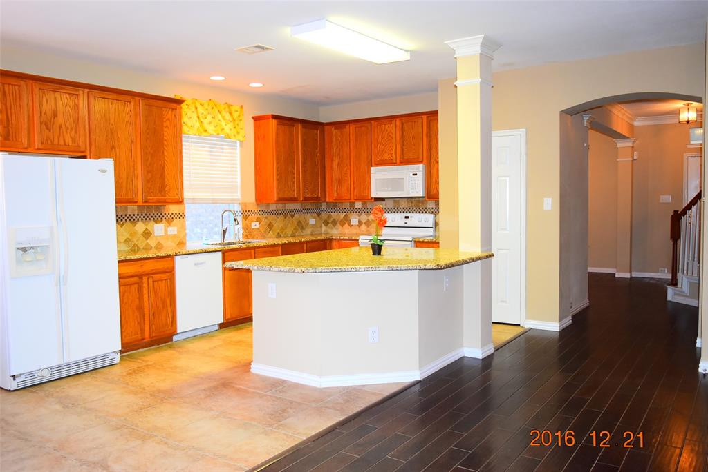 6908 Oak Falls  Drive, McKinney, Texas 75070 - acquisto real estate best allen realtor kim miller hunters creek expert
