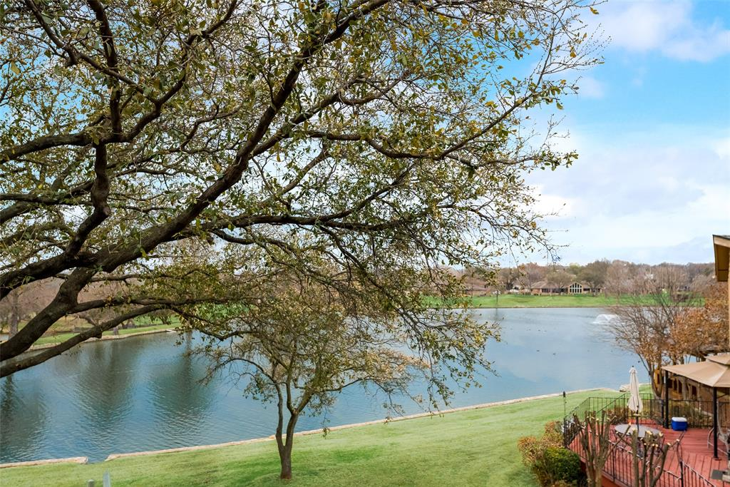 7 Country Lake  Drive, Carrollton, Texas 75006 - acquisto real estate best realtor dfw jody daley liberty high school realtor