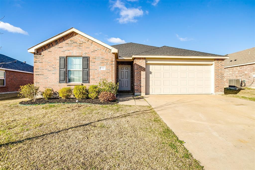 1261 Boxwood  Lane, Burleson, Texas 76028 - Acquisto Real Estate best frisco realtor Amy Gasperini 1031 exchange expert