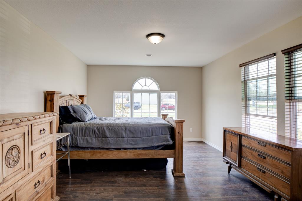 100 Mccrae  Lane, Boyd, Texas 76023 - acquisto real estate best listing listing agent in texas shana acquisto rich person realtor