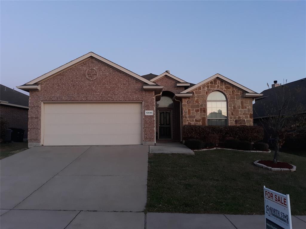 10845 Irish Glen  Trail, Fort Worth, Texas 76052 - Acquisto Real Estate best frisco realtor Amy Gasperini 1031 exchange expert