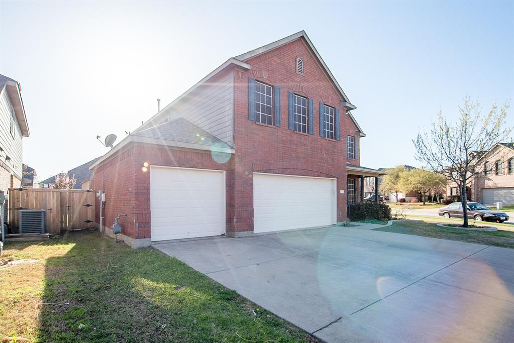 4220 Doe Creek  Trail, Fort Worth, Texas 76244 - Acquisto Real Estate best frisco realtor Amy Gasperini 1031 exchange expert