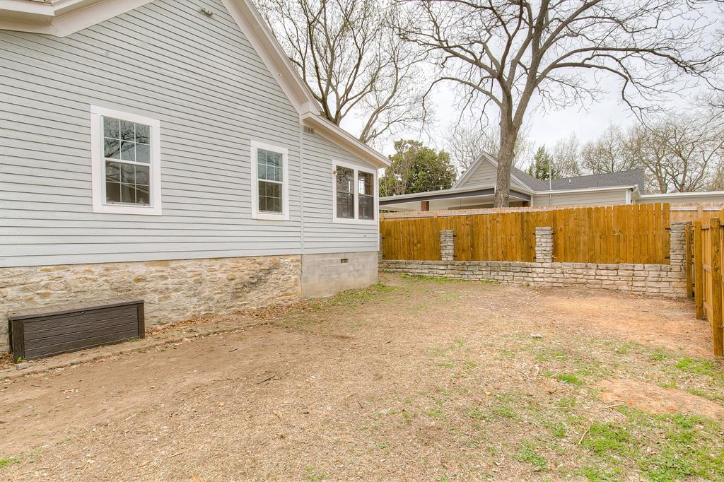 211 Lee  Street, Weatherford, Texas 76086 - acquisto real estate best park cities realtor kim miller best staging agent
