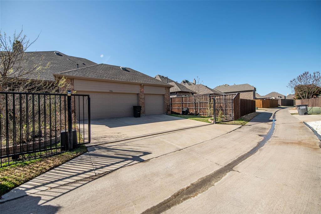 7506 Spruce  Lane, Sachse, Texas 75048 - acquisto real estate mvp award real estate logan lawrence
