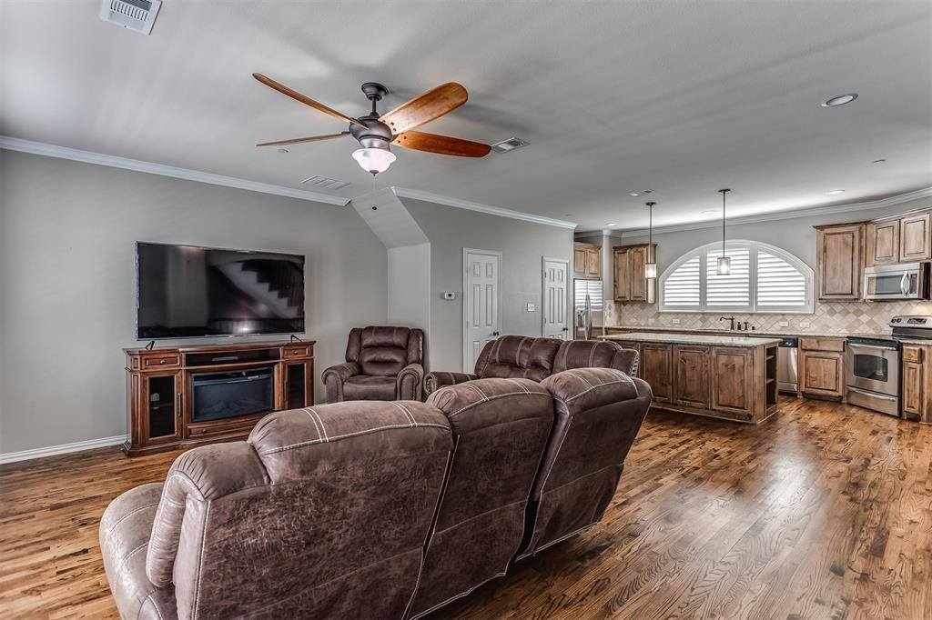 2700 Club Ridge  Drive, Lewisville, Texas 75067 - acquisto real estate best highland park realtor amy gasperini fast real estate service