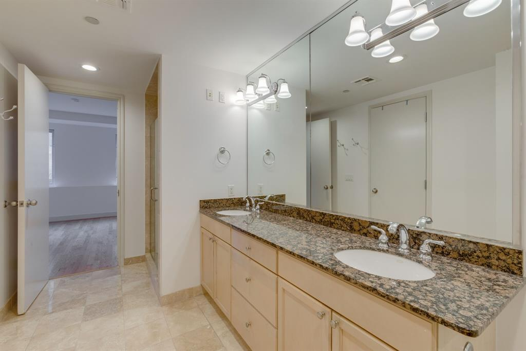 1505 Elm  Street, Dallas, Texas 75201 - acquisto real estate best listing listing agent in texas shana acquisto rich person realtor