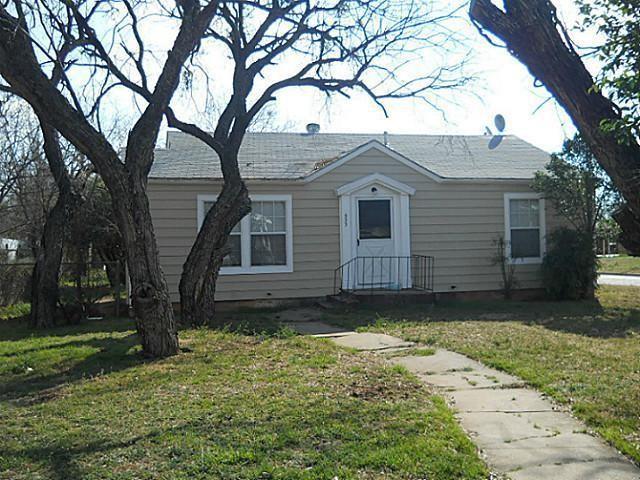 933 Ballinger  Street, Abilene, Texas 79605 - Acquisto Real Estate best frisco realtor Amy Gasperini 1031 exchange expert