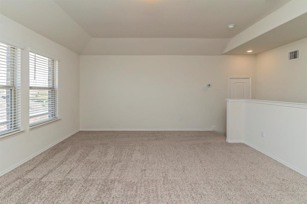 452 Saguaro  Drive, Fort Worth, Texas 76052 - acquisto real estate best negotiating realtor linda miller declutter realtor