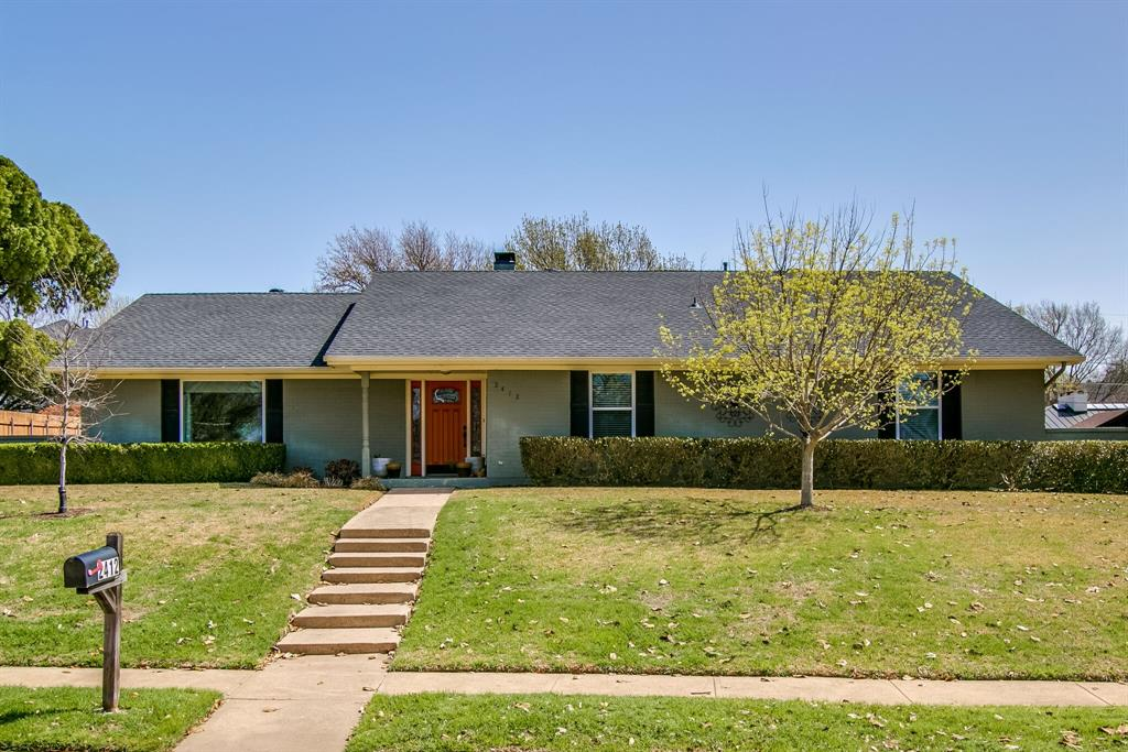 2412 Custer  Parkway, Richardson, Texas 75080 - Acquisto Real Estate best plano realtor mike Shepherd home owners association expert