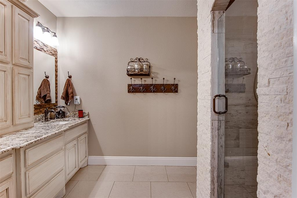 4985 Oak Grove Rendon  Road, Burleson, Texas 76028 - acquisto real estate best designer and realtor hannah ewing kind realtor