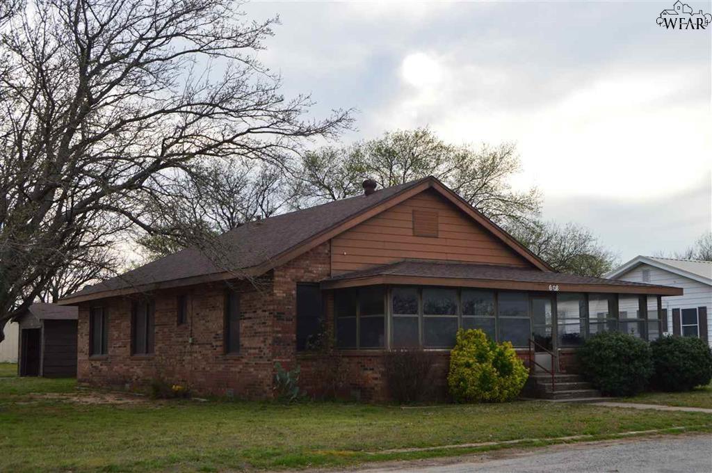 608 Prairie  Petrolia, Texas 76377 - Acquisto Real Estate best frisco realtor Amy Gasperini 1031 exchange expert